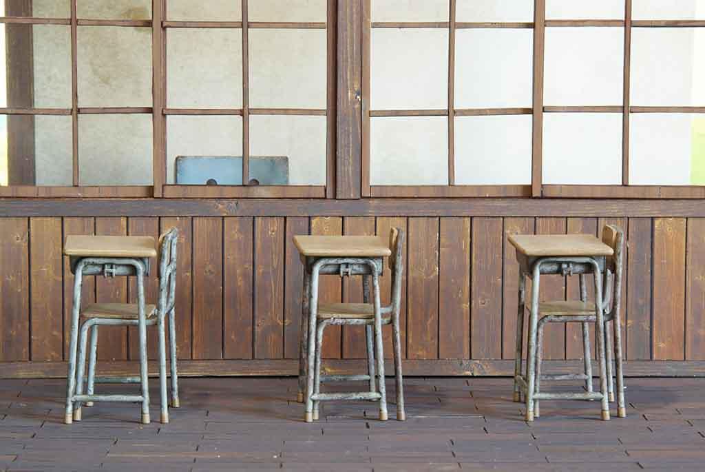 【無料】ジオラマ風フリー素材「木造校舎の風景」:ペーパークラフト
