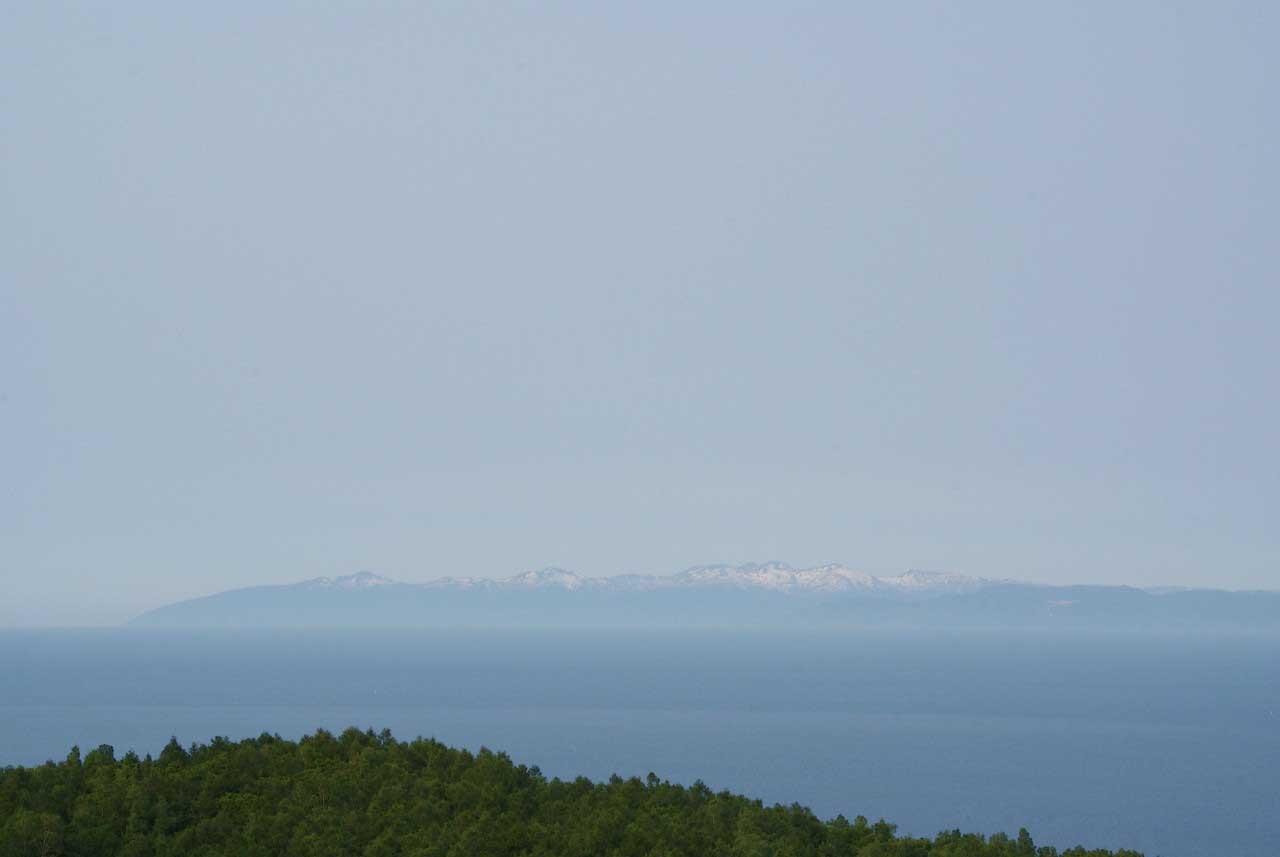 写真:小樽撮影スポットその1「ワインの丘」増毛連峰