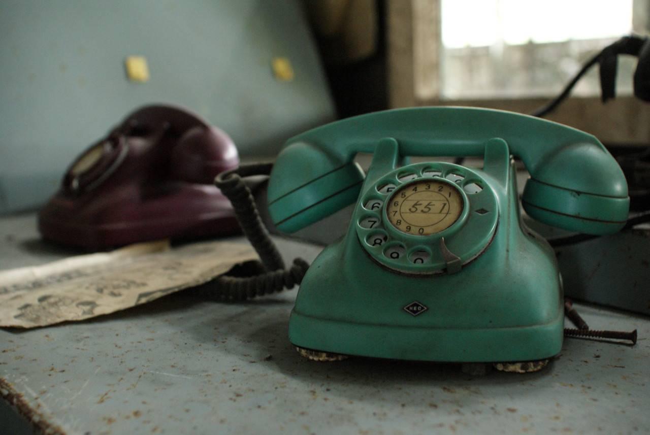 住友赤平炭鉱立坑内部の電話