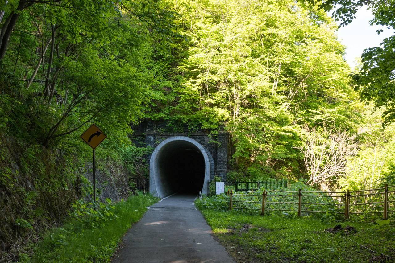 旧神居古潭駅トンネル