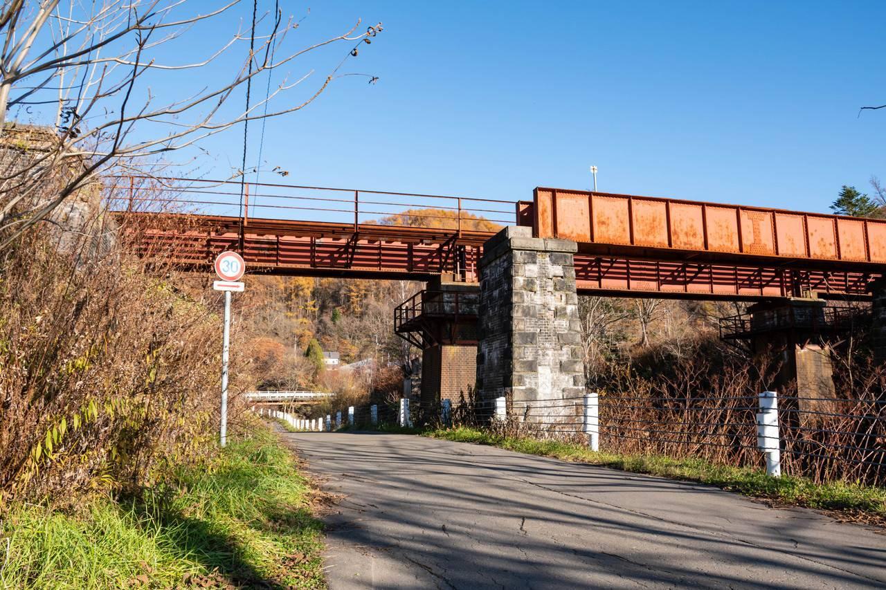 鹿ノ谷駅付近の鉄橋
