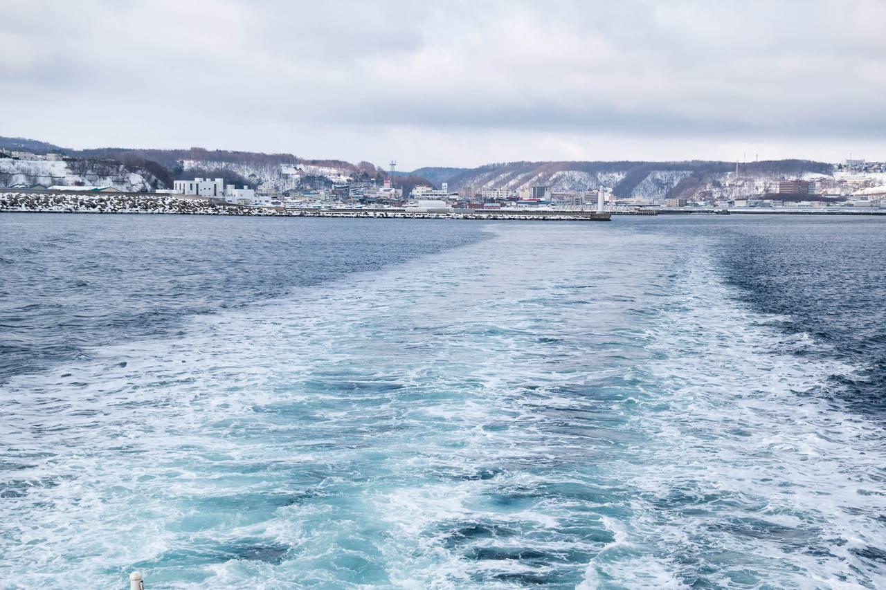 砕氷船おーろら出港