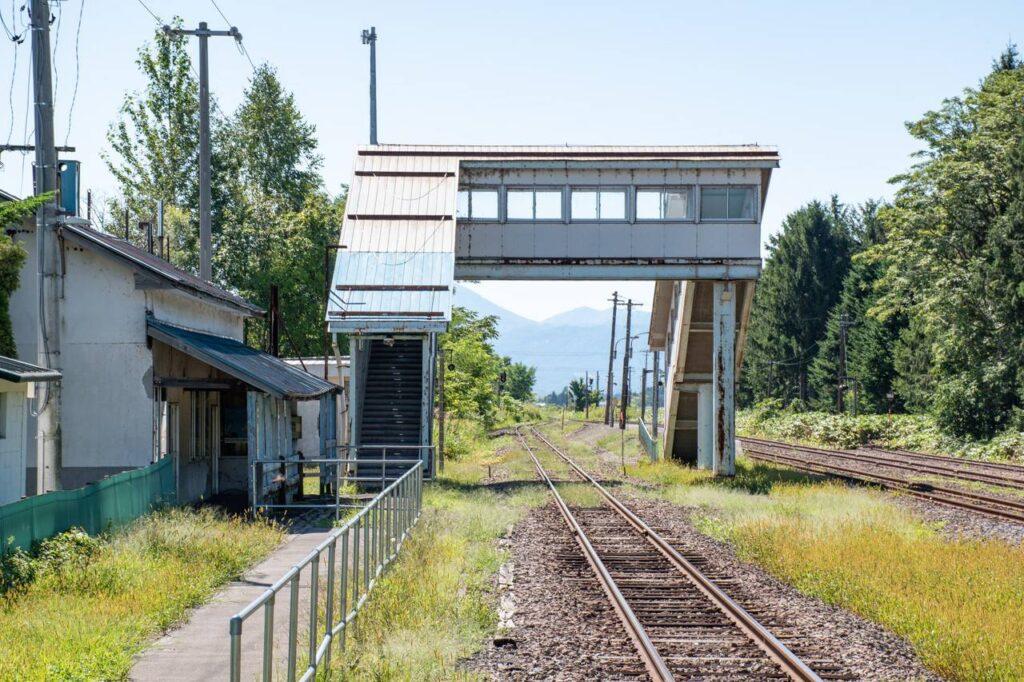 東滝川駅のホーム