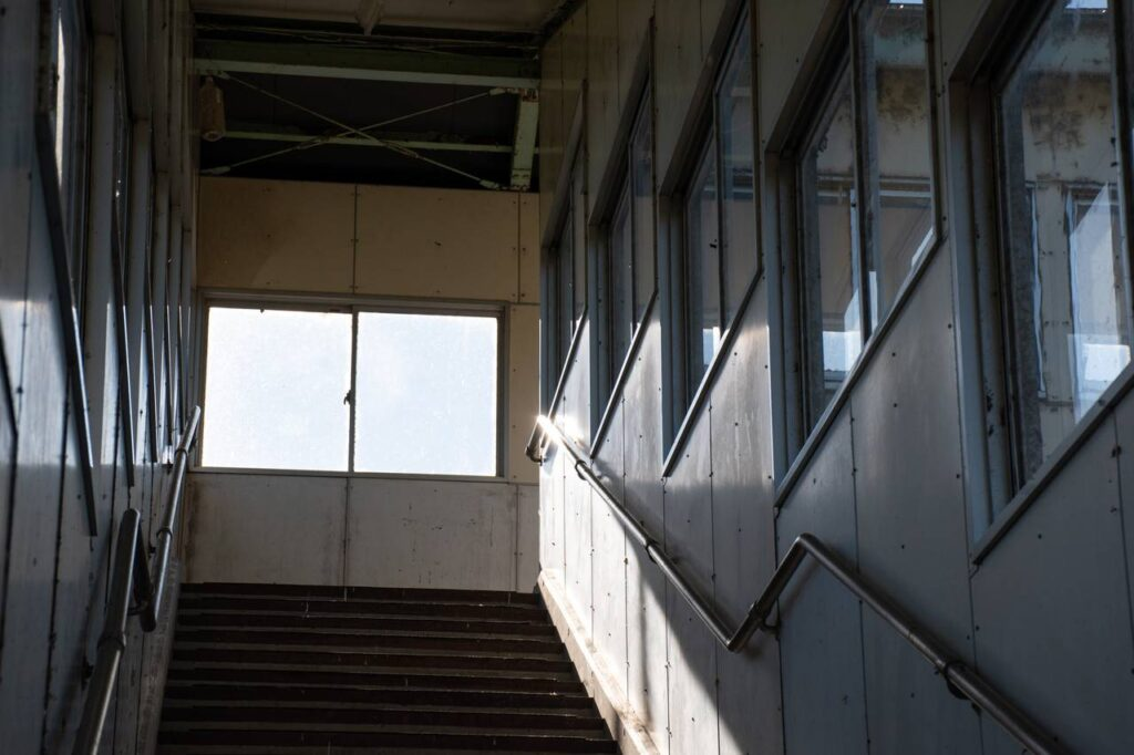 平岸駅の跨線橋