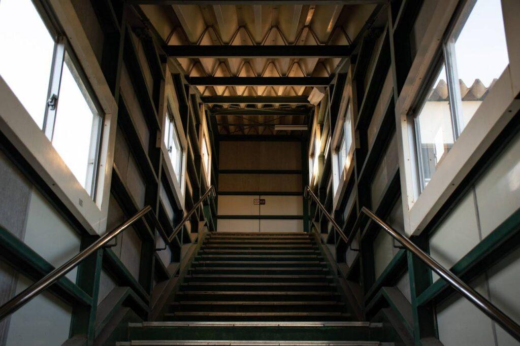 西神楽駅跨線橋